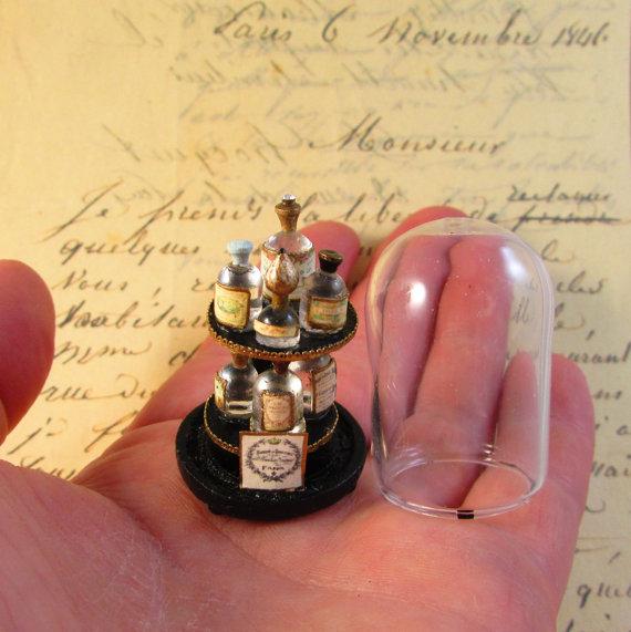 antique-perfume